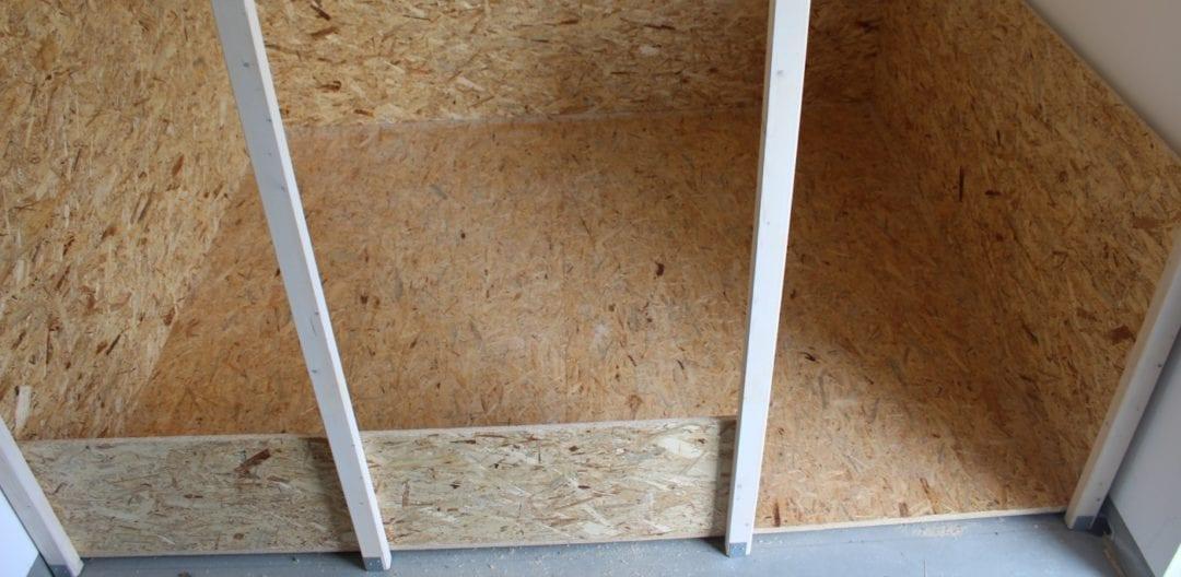 Holz und OSB Platten als Boden im Hühnerstall